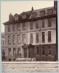 Old House, Queen Square, Bloomsbury